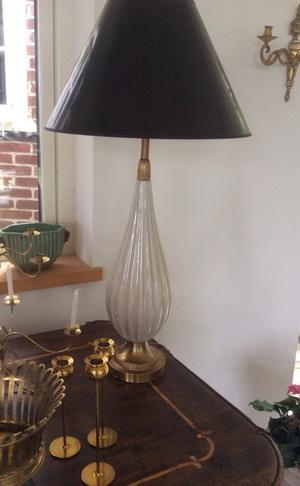 Ribbad lampa