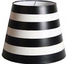 Tvärrandig svart/vit